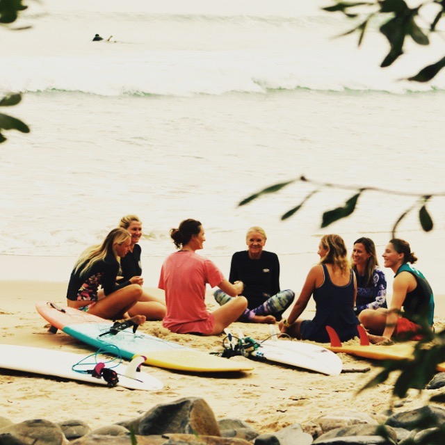Surf lesson for groups in the Bay of Plenty