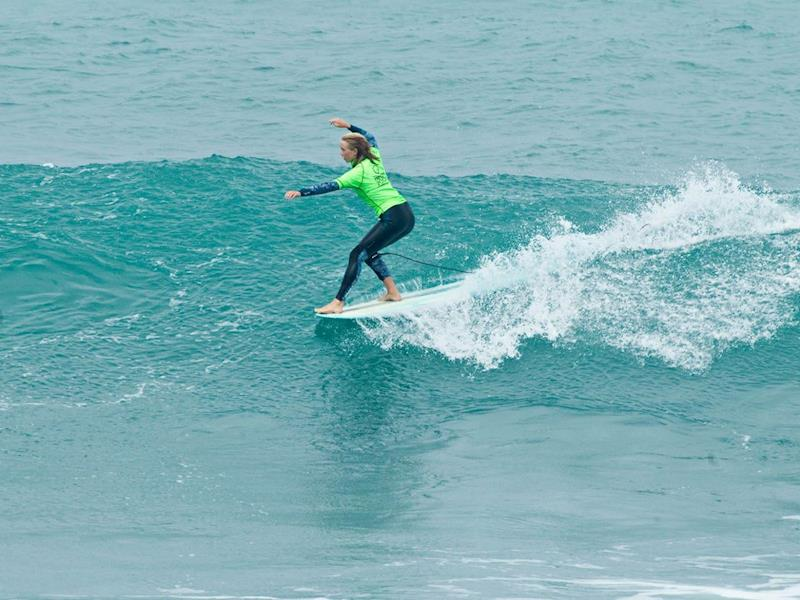 Gabi Paul Surfing